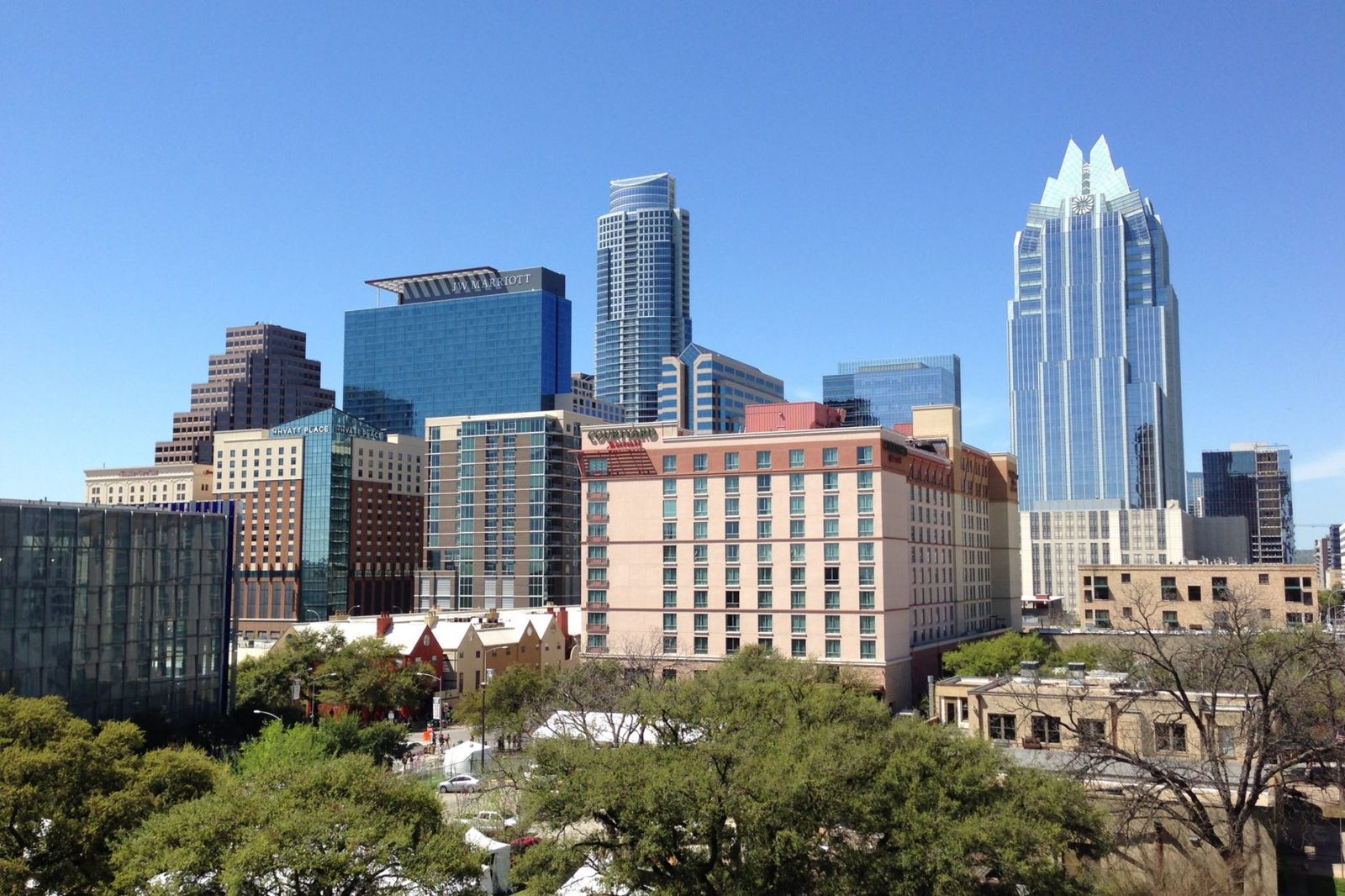 Hotel Deal For Austin Texas #austintexas #usholiday #christmasday